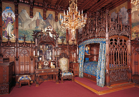 Neuschwanstein Castle. Bedroom